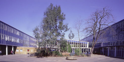 Interior courtyard at Kingsdale School.
