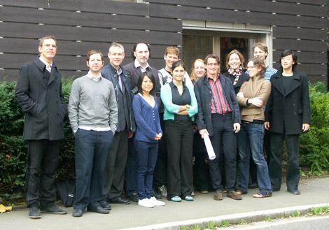 dRMM team outside Centaur St in 2006