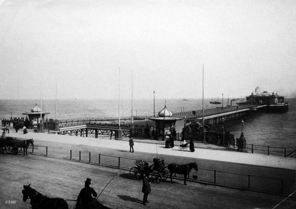 1881-1899 Hastings pier